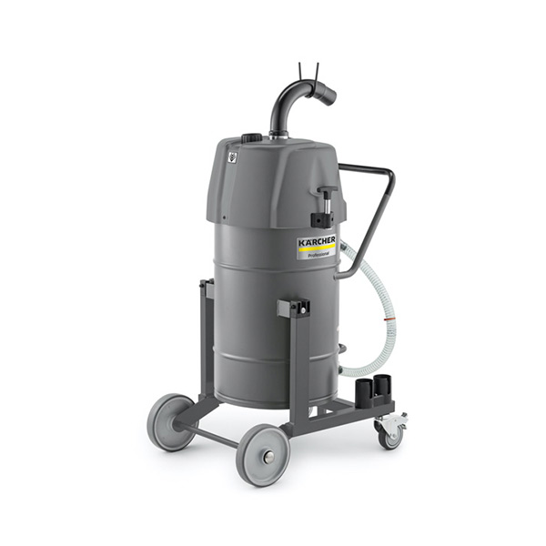 Industrial vacuum cleaners for liquids/swarf
