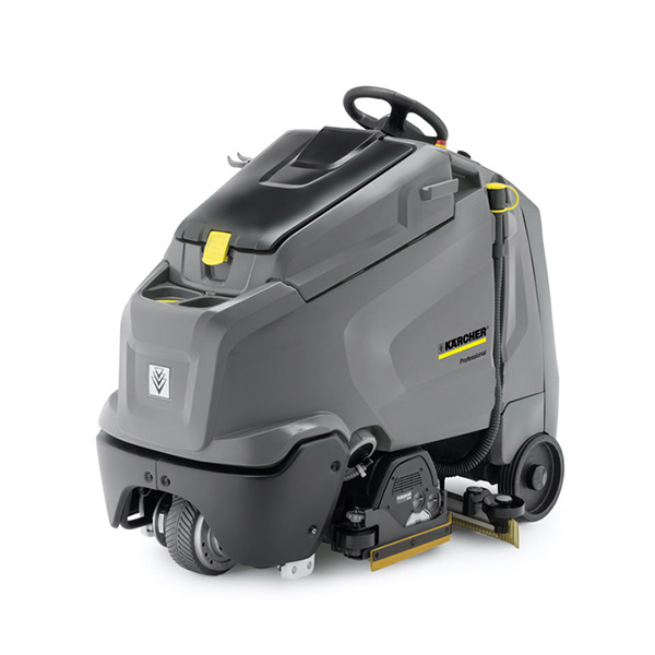 Step-on scrubber dryers